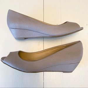 CL by Laundry Taupe Open-Toe Wedge 9